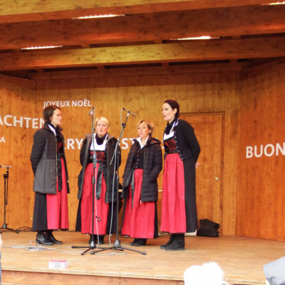 Bolzano piazza Walter - coro