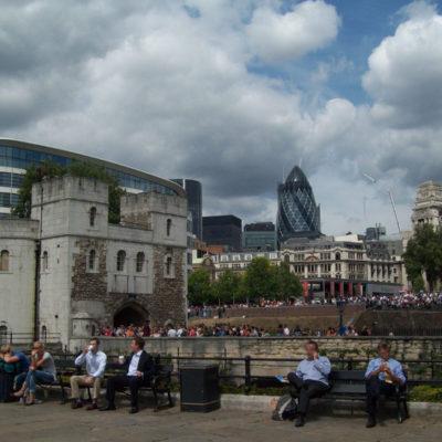 London tower- lato uscita