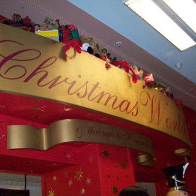 Harrods - Christmas floor