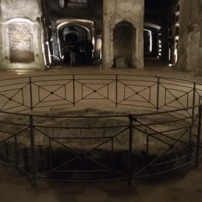 Catacombe San Gennaro inf fontr battesimale
