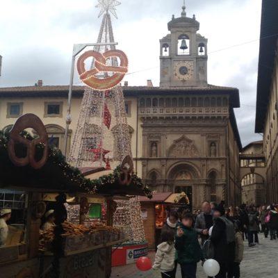 Mercatini piazza Grande Arezzo3