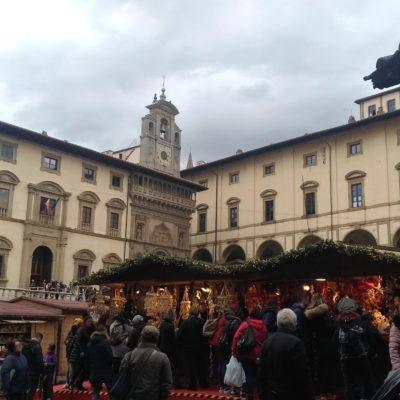 Mercatini piazza Grande Arezzo4