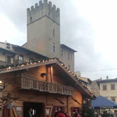 Mercatini piazza Grande Arezzo6 baita