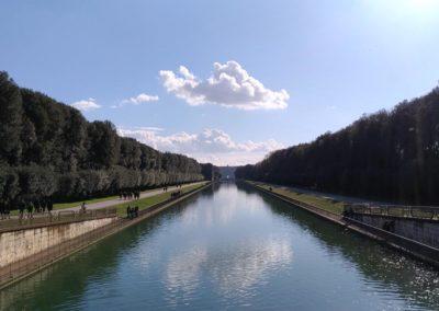 Parco reggia di Caserta veduta verso il palazzo
