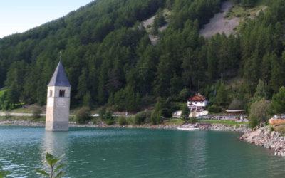 Un giorno in Val Venosta: Castel Coira e Lago di Resia