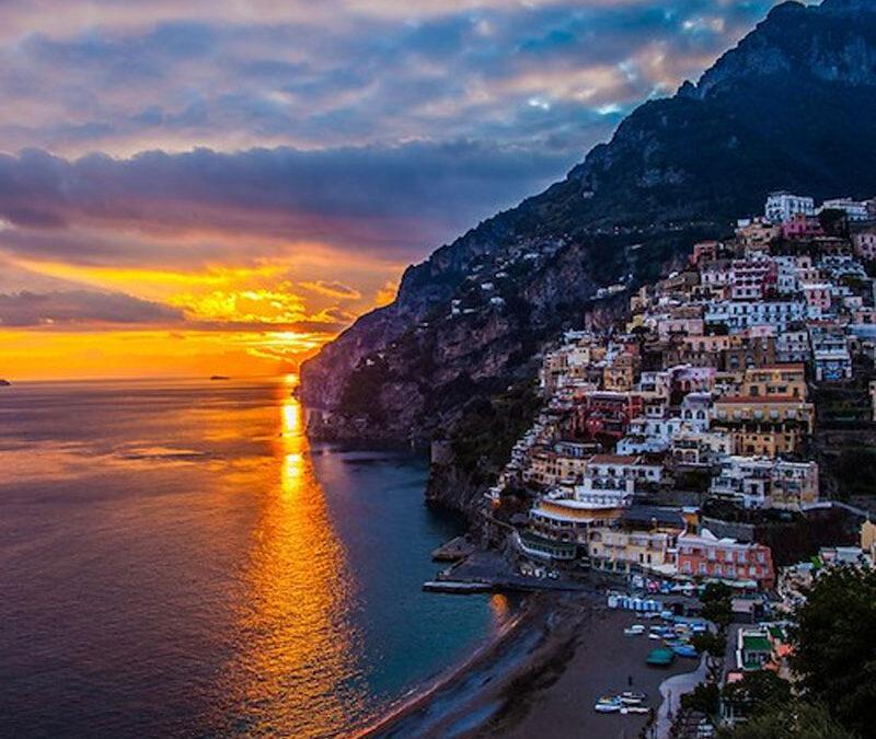 Capri e la Costiera Amalfitana, una panoramica online.