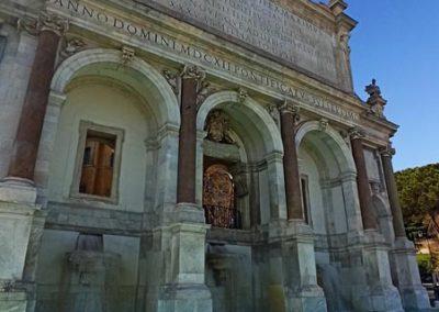 Fontana acqua Paola